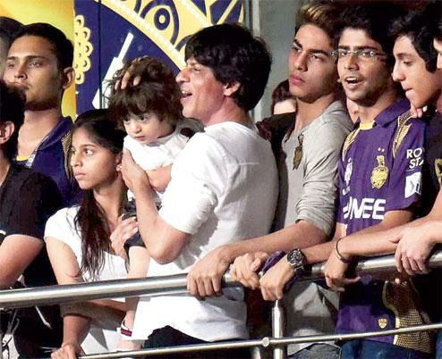 India Tv - Shah Rukh Khan and AbRam at KKR match