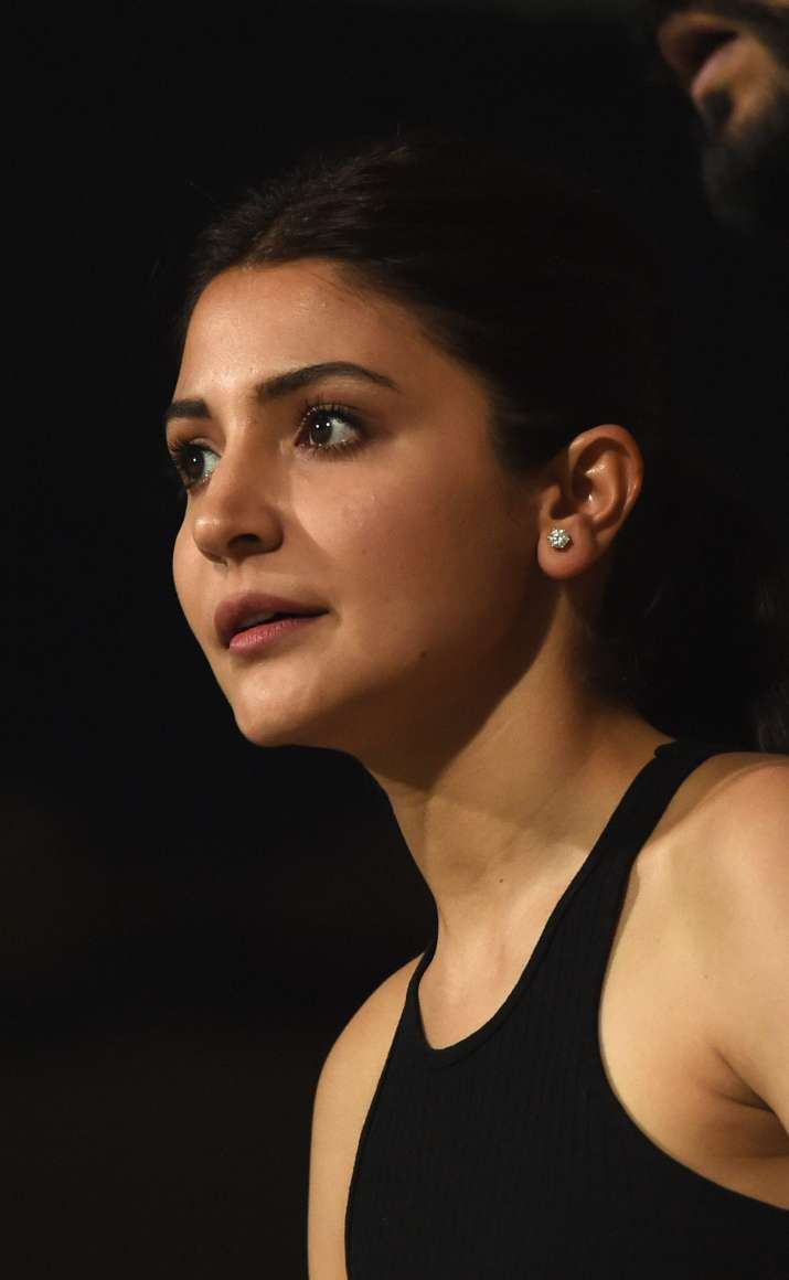 India Tv - Virat Kohli's wife Anushka Sharma cheers for husband's side at M Chinnaswamy stadium