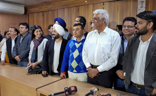 Disqualified AAP MLAs in Office of Profit case