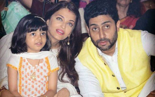 India Tv - Aishwarya Rai with husband Abhishek and daughter Aaradhya