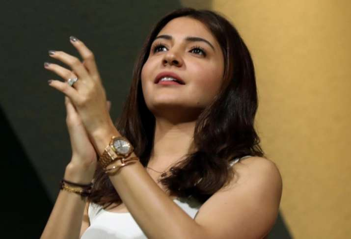 India Tv - Anushka Sharma was present at the M Chinnaswamy Stadium