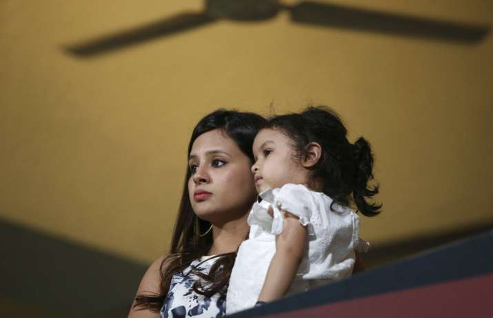 India Tv - Sakshi Dhoni was present with Ziva.