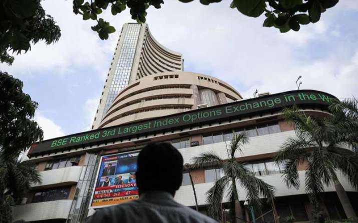 Sensex vaults 577 points after RBI lowers inflation forecast