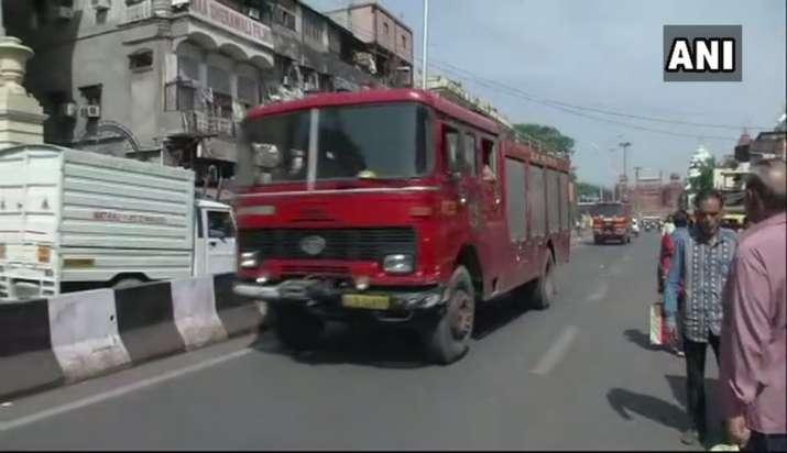 LIVE Updates | Delhi: Fire breaks out in Chandni Chowk, 1