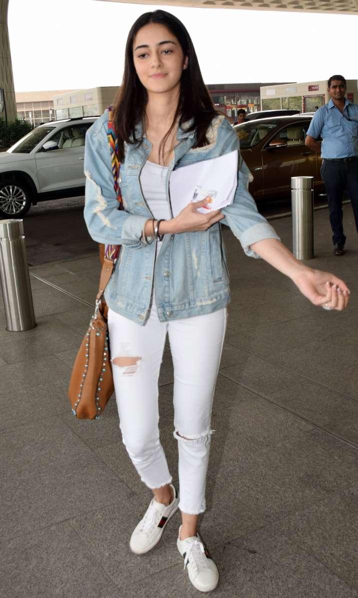 India Tv - Ananya Panday at airport