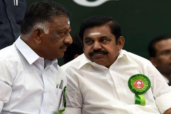 Cauvery dispute: E Palaniswami and O Panneerselvam lead