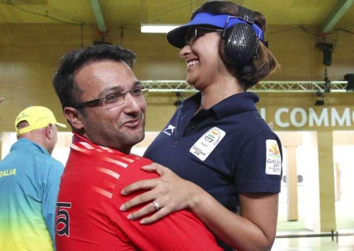 Heena Sidhu celebrates with her husband and coach Ronak