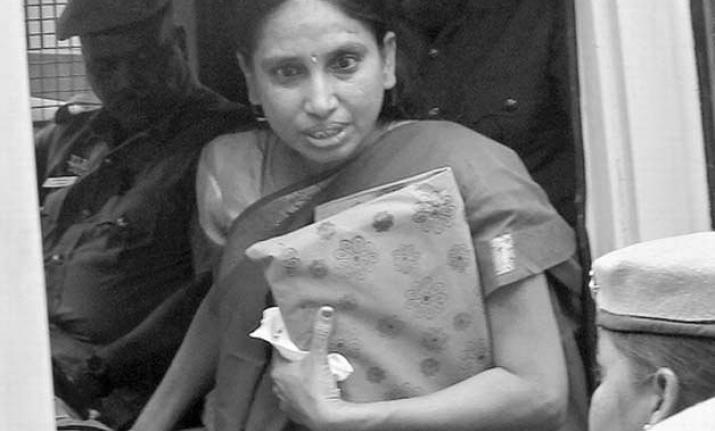 Madras HC rejects convict Nalini's plea for premature
