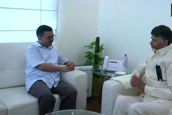 Delhi Chief Minister Arvind Kejriwal with TDP chief
