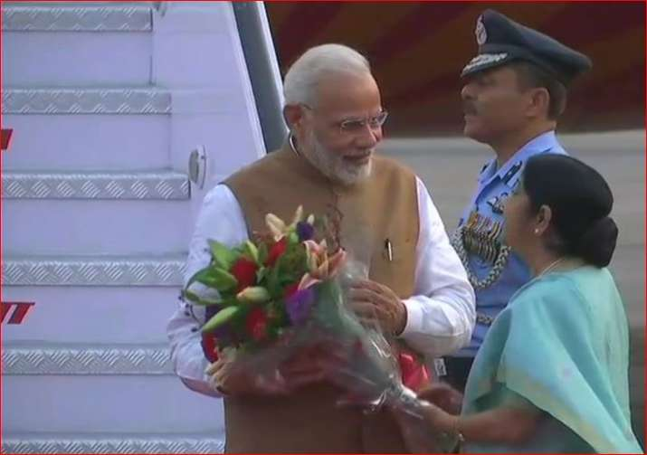 External Affairs minister Sushma Swaraj recieves PM Modi at