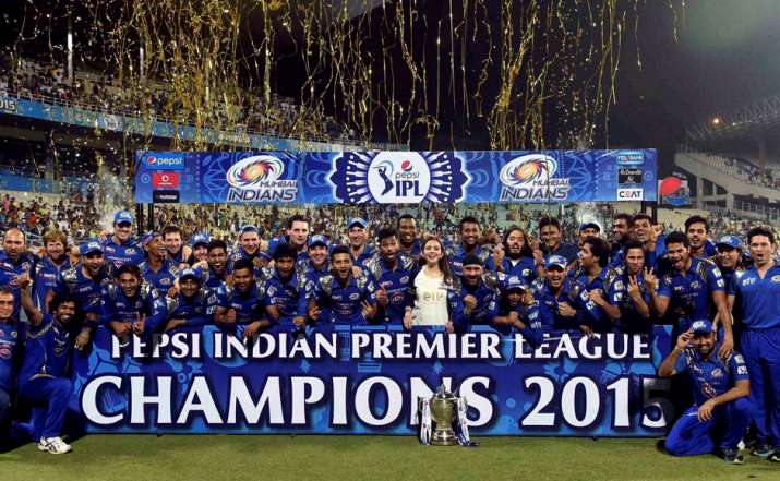 India Tv - Mumbai Indians won the trophy for the second time in 2015