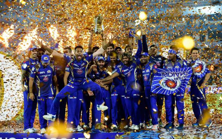 India Tv - Mumbai Indians won the trophy for a record third time in 2017