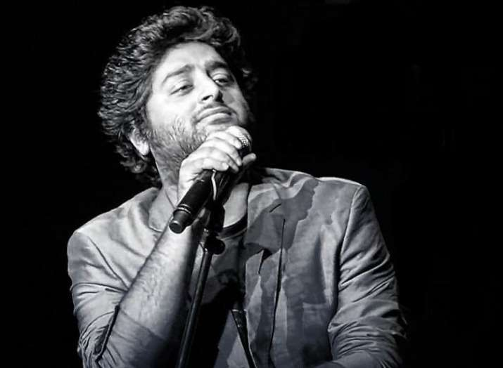 Singer Divya Kumar appreciates Arijit Singh on his birthday
