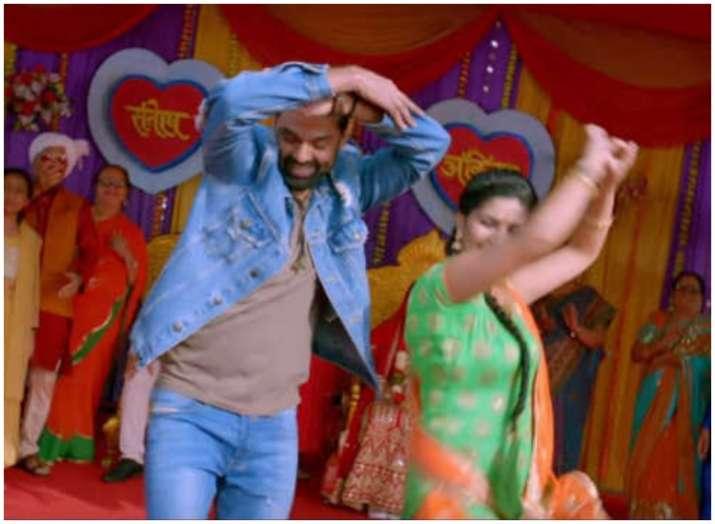 Bigg Boss 11 Sapna Choudhary dances with Abhay Deol in Nanu