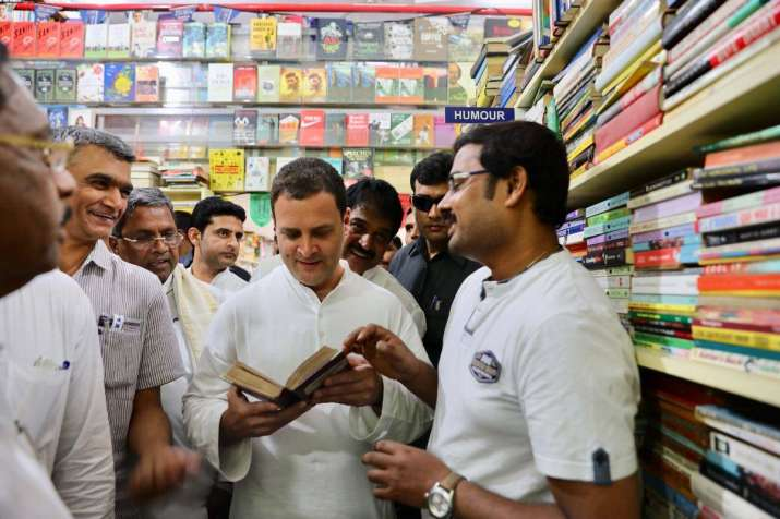 India Tv - Rahul visited 'Book Worm', an iconic book store, which is considered a treasure trove by bibliophiles.
