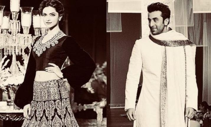 Ranbir Kapoor and  Deepika Padukone to walk the ramp for