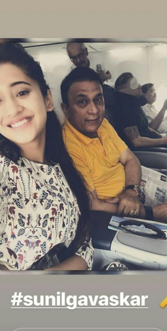 India Tv - Shivangi Joshi with Sunil Gavaskar