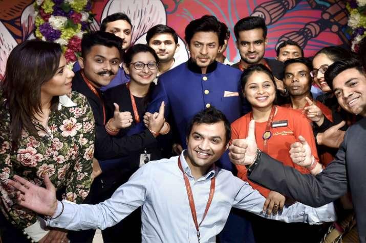 India Tv - Shah Rukh Khan's wax statue unveiled at Madame Tussauds Delhi