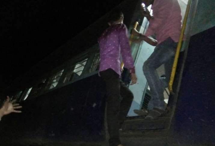 5 coaches of Katni-Chaupan passenger train derail in MP, 6