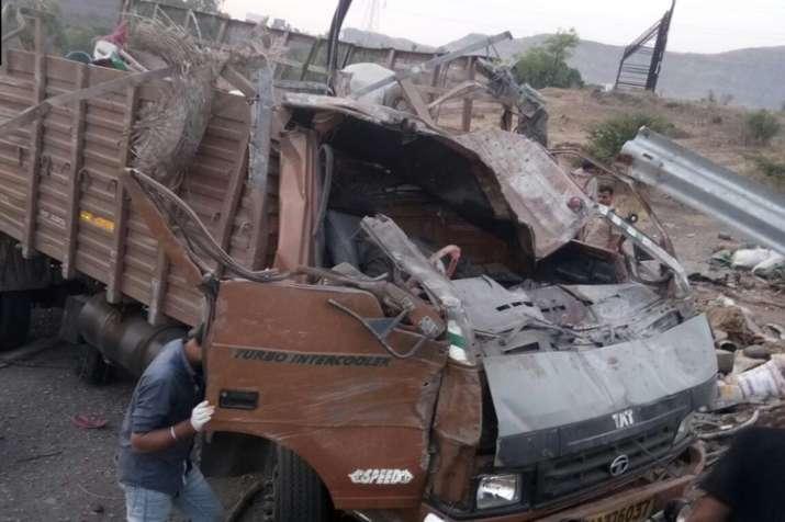 17 killed, 15 injured as speeding truck overturns in