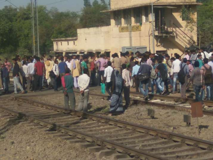 One dead after train arrives at wrong platform in UP's