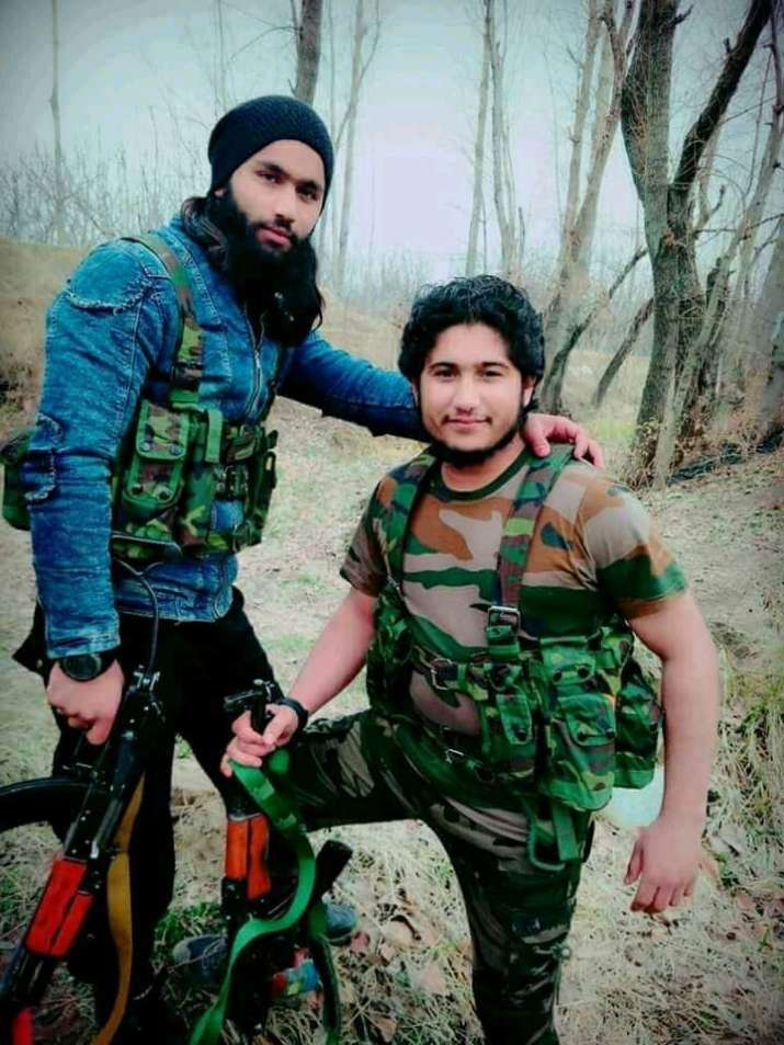 India Tv - His pictures on social media had trigerred a debate on the US-made weapon came to be in the Valley.
