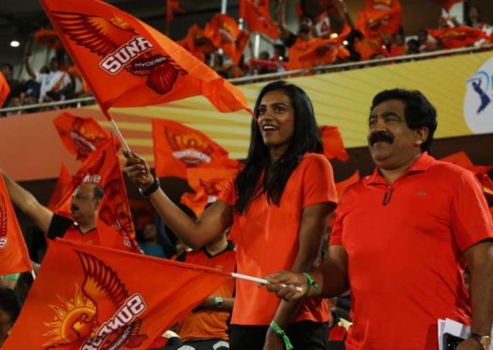 India Tv - Sindhu enjoys the match between Sunrisers Hyderabad and Kolkata Knight Riders