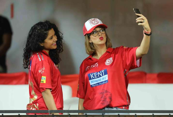 India Tv - Prithi Narayanan, wife of KXIP skipper R Ashwin, was also spotted cheering for the hosts