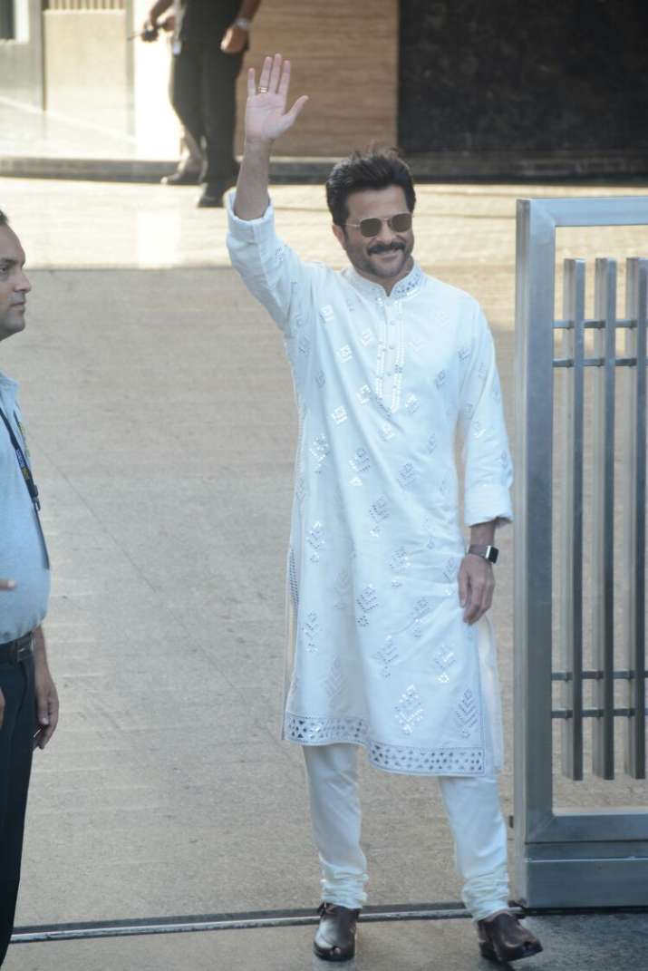 India Tv - anil kapoor outside his Mumbai residence