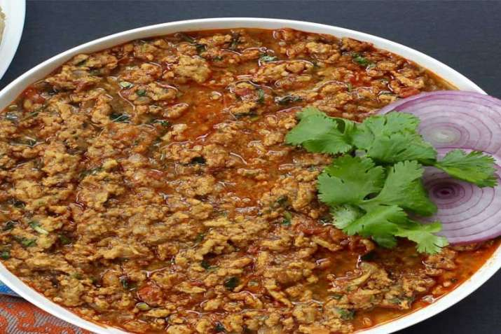 Iftaar party at home? Try these delicious and lip-smacking