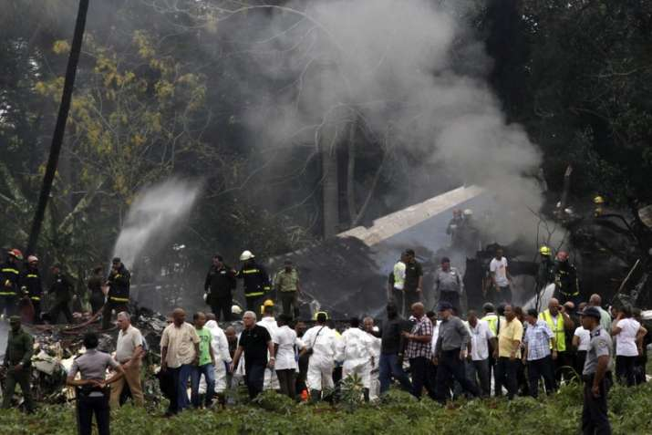 India Tv - Over 100 dead after Boeing 737 crashes shortly after take off from Jose Marti airport in Cuba's Havana, 3 said to survive