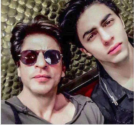 Shah Rukh Khan viral video