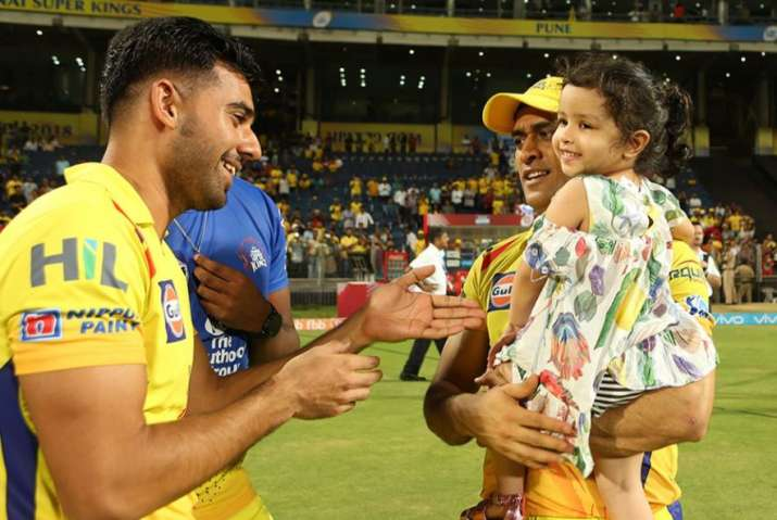 India Tv - CSK pacer meets Dhoni and his daughter Ziva.