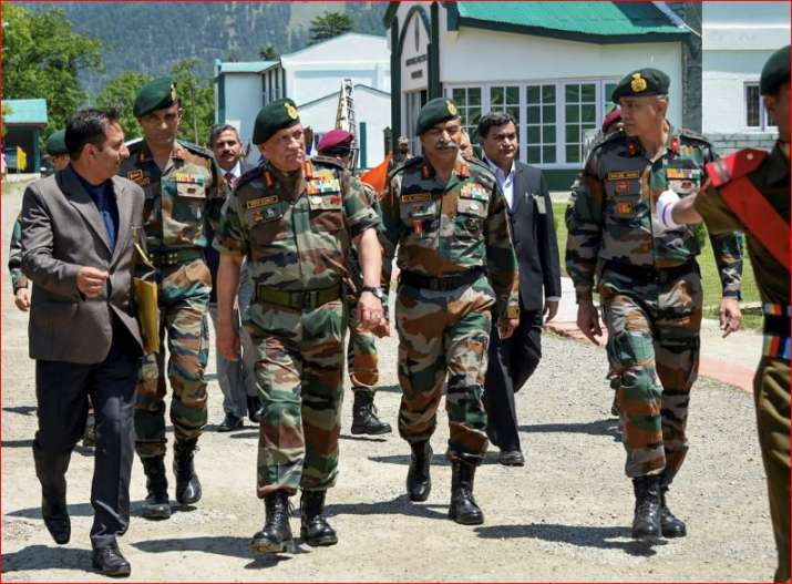 General Bipin Rawat, with 15 Corps Commander Lt General A K