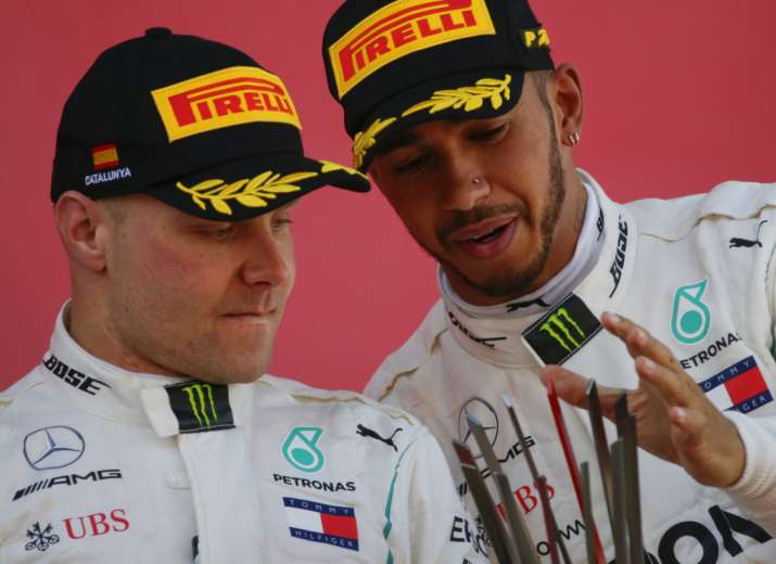 Bottas urging Hamilton to clear up Mercedes future and sign