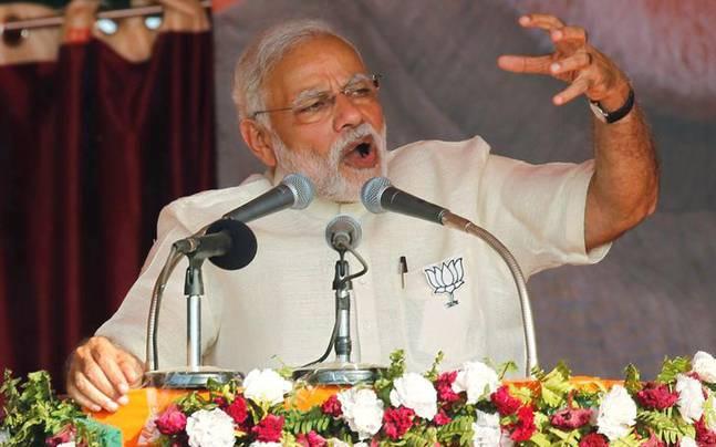 Modi's dare to Rahul Gandhi: 'Speak 15 mins without a piece