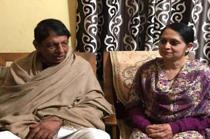 Mriganka Singh with her father Hokum Singh (File)