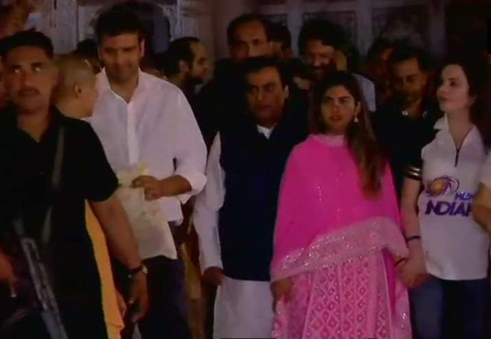 India Tv - A formal announcement and date for the wedding is yet to be declared but is likely to take place before that of Isha's twin brother Akash Ambani and his fiance Shloka Mehta.