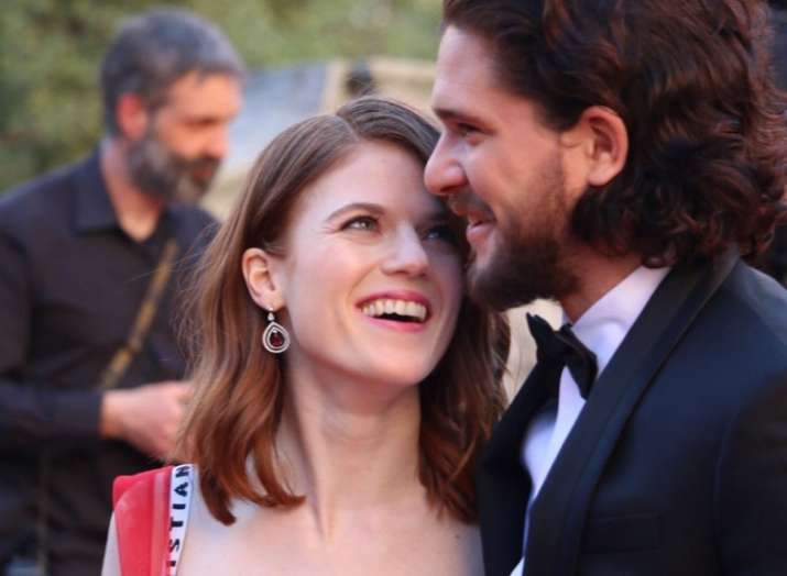 Kit Harington And Rose Leslie Add Game Of Thrones Touch To Their