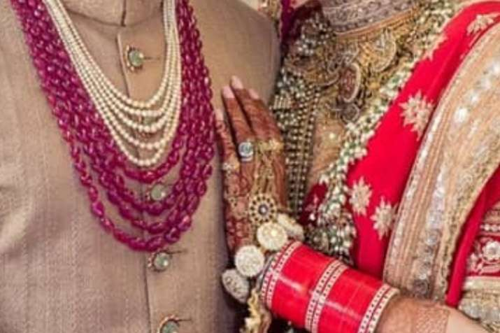 India Tv - Sonam Kapoor's wedding ring