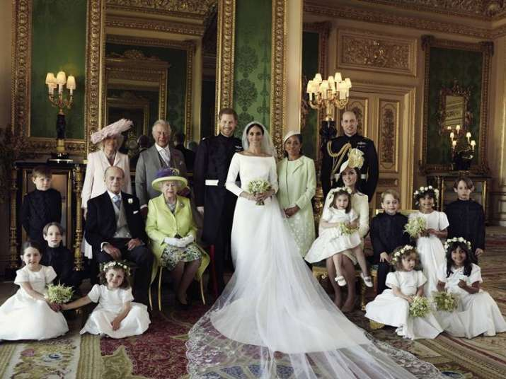First official wedding photos of Prince Harry and Meghan