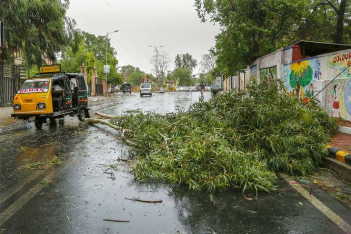 Thunderstorm, squall likely to hit Uttarakhand, Himachal,