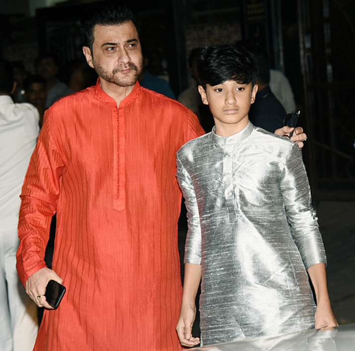 India Tv - Sanjay Kapoor and his son