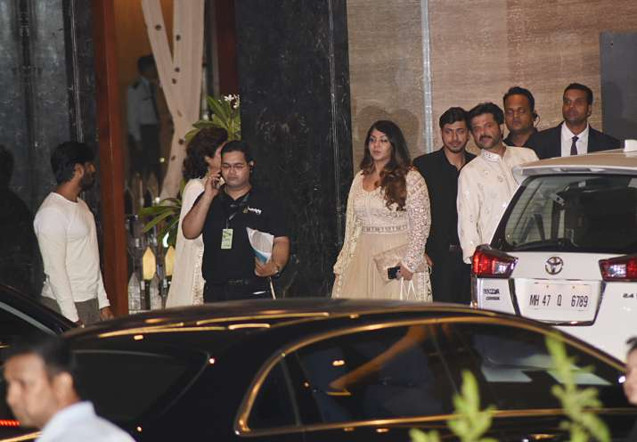 India Tv - Bollywood celebs at Sonam Kapoor's sangeet