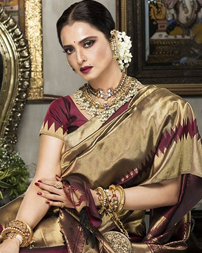Rekha To Perform On Stage After 20 Years At IIFA 2018