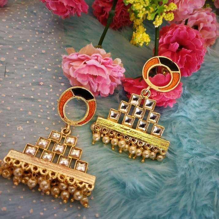 India Tv - 4 Quirky ways to give a trendy twist to your art-inspired jewellery
