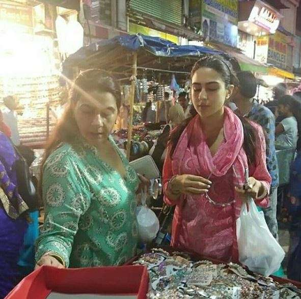 India Tv - Sara Ali Khan doing Eid shopping with mother