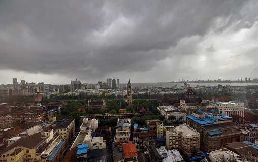 India Tv -  A top view of South Mumbai as monsoon clouds hover over the city