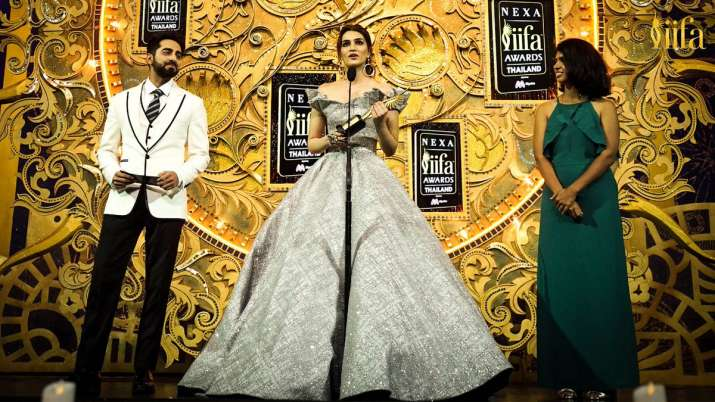 India Tv - Kriti Sanon wins Style Icon of the Year