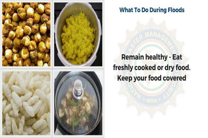 India Tv - Eat dry and freshly cooked food to remain healthy. Keep food items covered